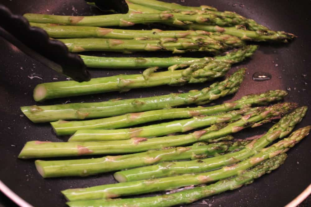 Asparagus In The Skillet For Seared Scallops Seared Scallops With Asparagus  How To Feed A Loon