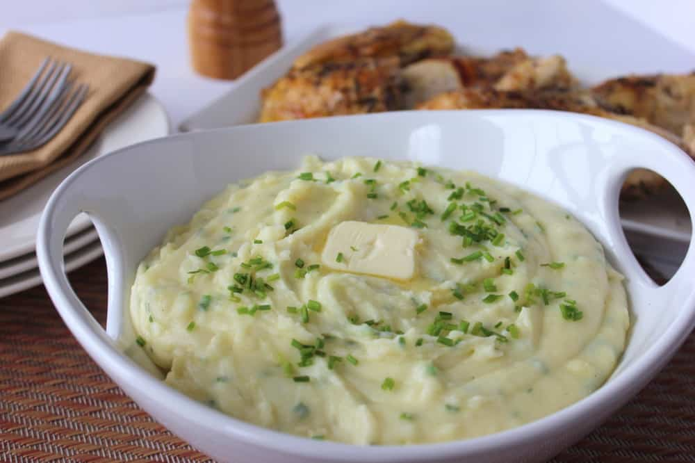 Yukon Whipped Potatoes with White Cheddar and Chives