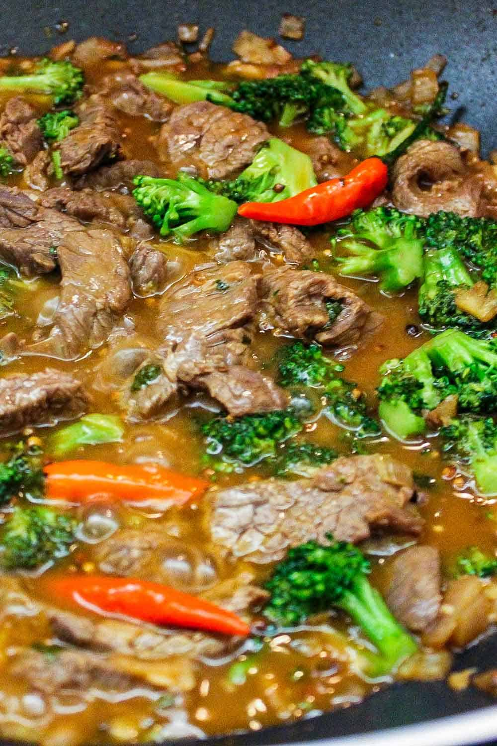Corn starch will thicken the beef and broccoli stir-fry sauce.