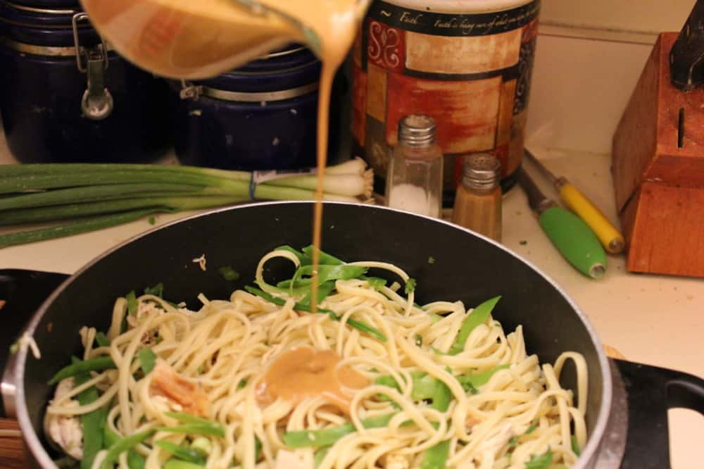 Chinese noodle and chicken salad dressing