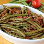 Braised green beans and tomatoes
