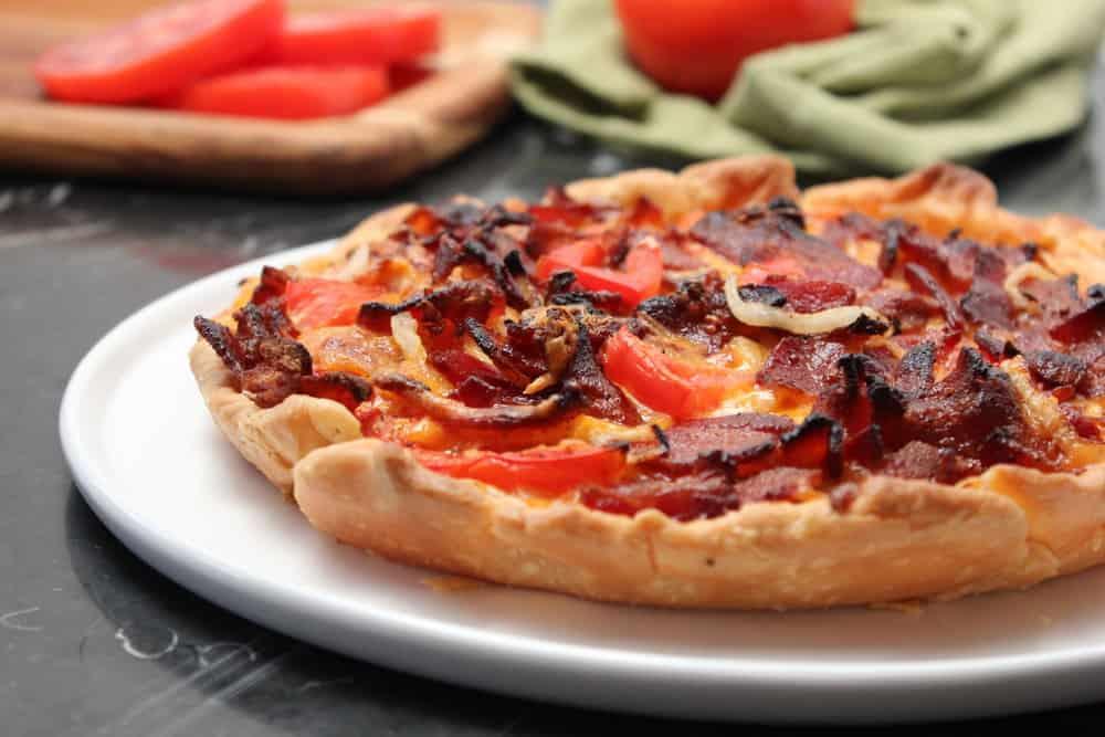 tomato, cheddar, bacon pie