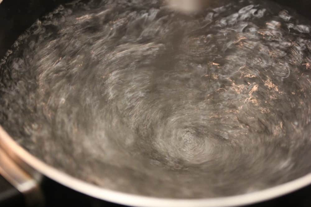 Creating the boiling water vortex