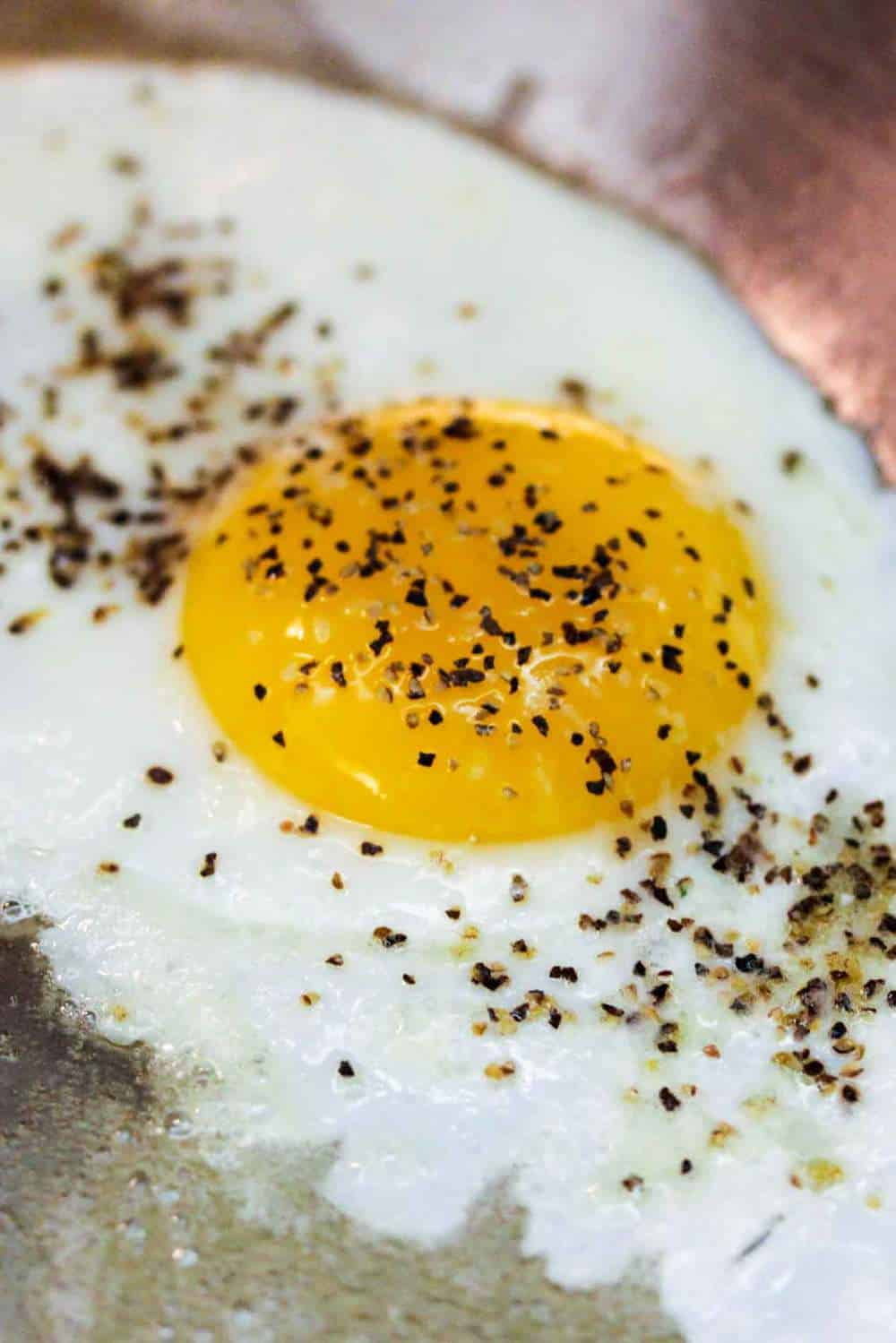 Fried egg, sunny side up for steak and eggs
