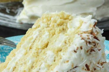 Coconut-Cream-Cake-Recipe-1-2