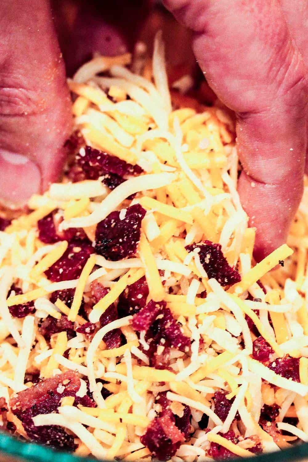 Stuffing a jalapeño for a jalapeño popper