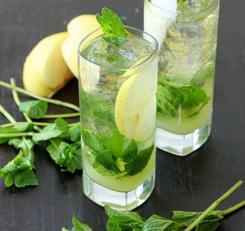 Iced Green Tea Mojito with Asian Pear Juice