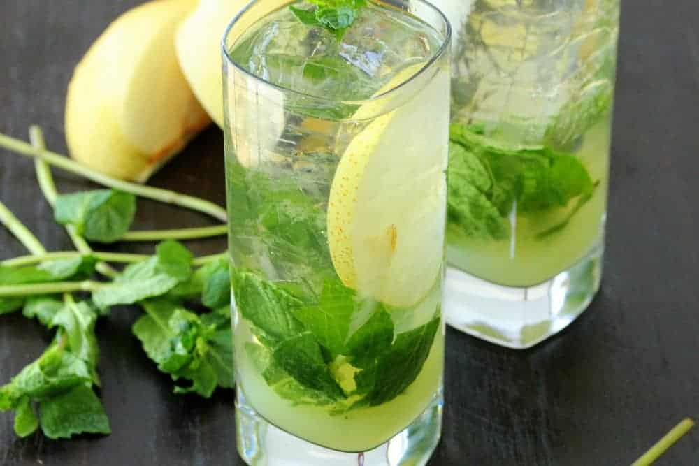 Iced Green Tea Mojito with Asian Pear Juice - How To Feed A Loon