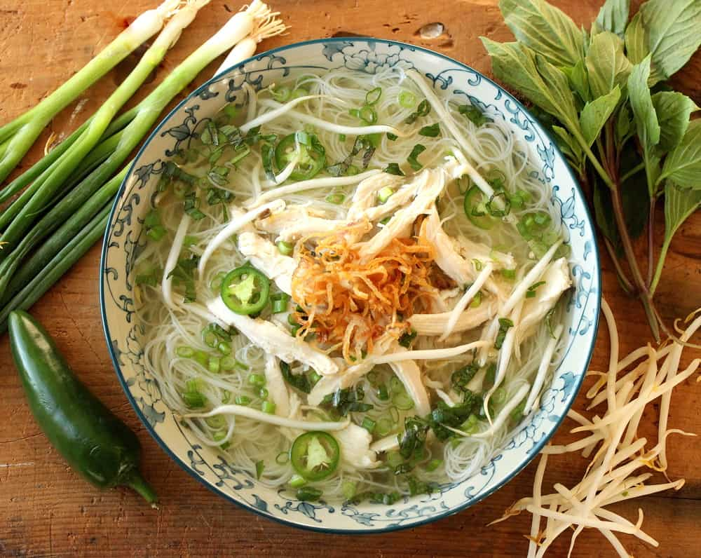 Pho (Vietnamese Chicken Noodle Soup) - How To Feed A Loon