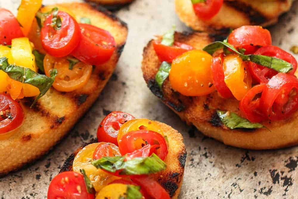 Classic Tomato and Basil Bruschetta