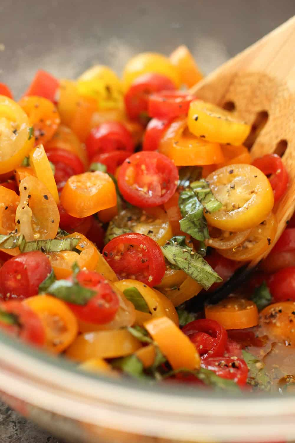 Classic Tomato and Basil Bruschetta