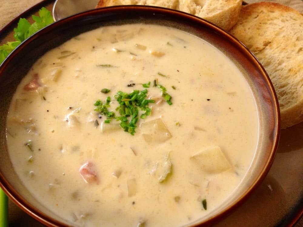 New-England-clam-chowder-recipe