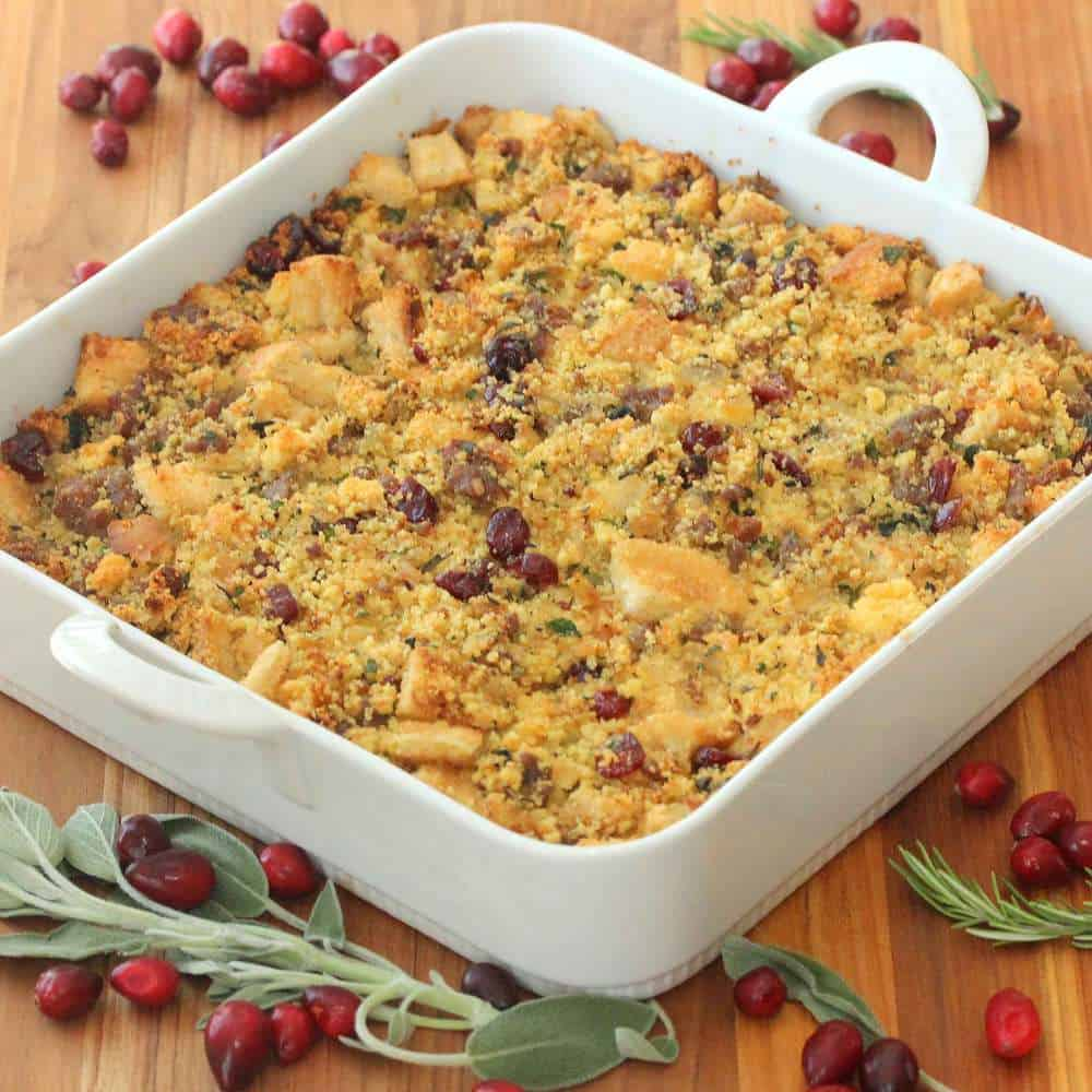 cornbread-sausage-cranberry-dressing-recipe